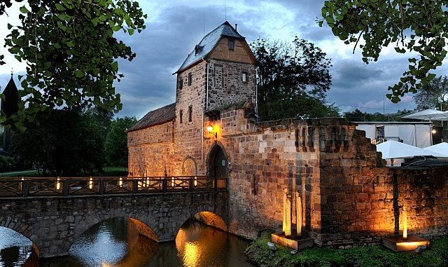 Burgfestspiele Bad Vilbel Zeigen Erstmals Shakespeare In Love