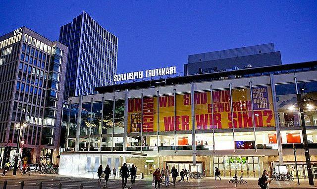 Ferdinand Schmalzs »jedermann (stirbt)« ab 31. Januar am Schauspiel Frankfurt