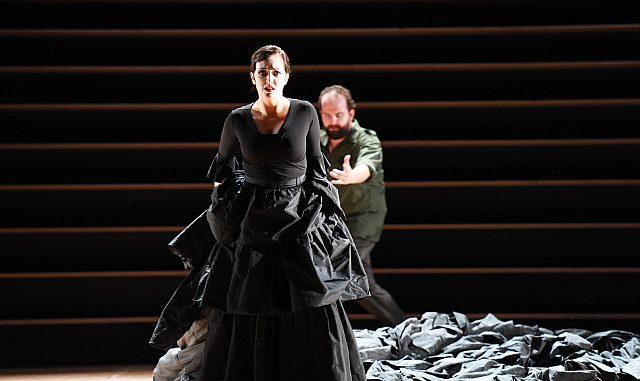 Zweite Wiederaufnahme von Bizets »Carmen« an der Oper Frankfurt am 1. März 19