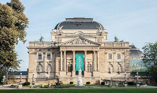 »Der zerbrochne Krug« von Heinrich von Kleist ab 26. Oktober 19 am Staatstheater Wiesbaden